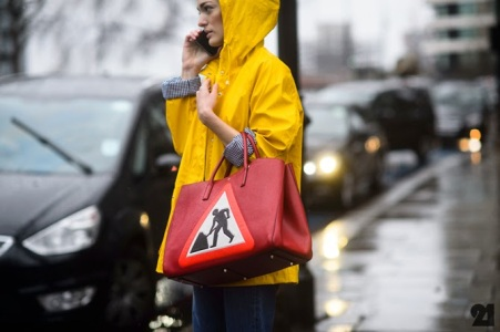 sicurezza stradale fashion street style vita su marte 01